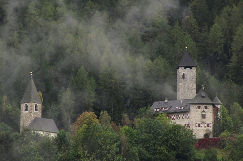 Gais - Castello di Neuhaus e dintorni